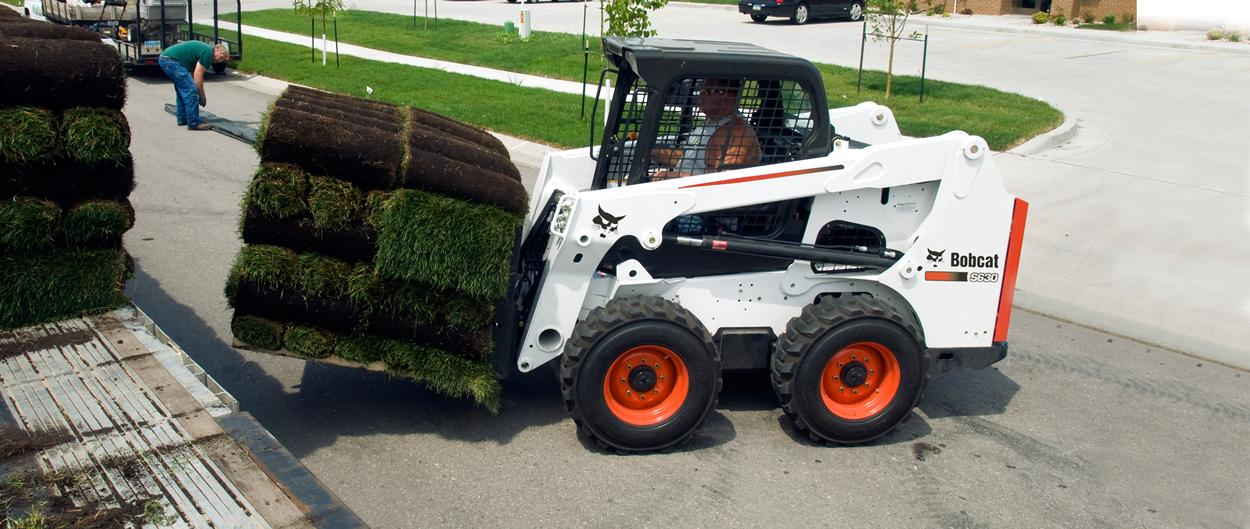 bobcat-s630-skid-steer-loader-pallet-fork-hero_hs_low