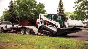 bobcat-t595-trailering-t6k1552-16j1-fc_mg_thumbnail